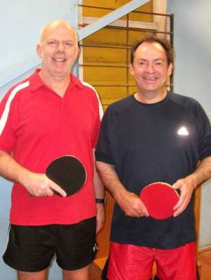 O40 Singles Winner Ian Talbot and Club Singles Winner Lindsay Ward