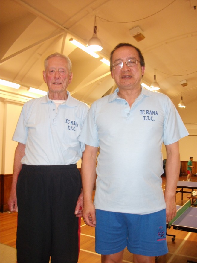 Te Rama (1986 C Grade Champions) Brian Hearfield and Malcolm Wong at the Onslow Club (26 September 2013). Absent – Jeff Larsen and Olaf Leijon.